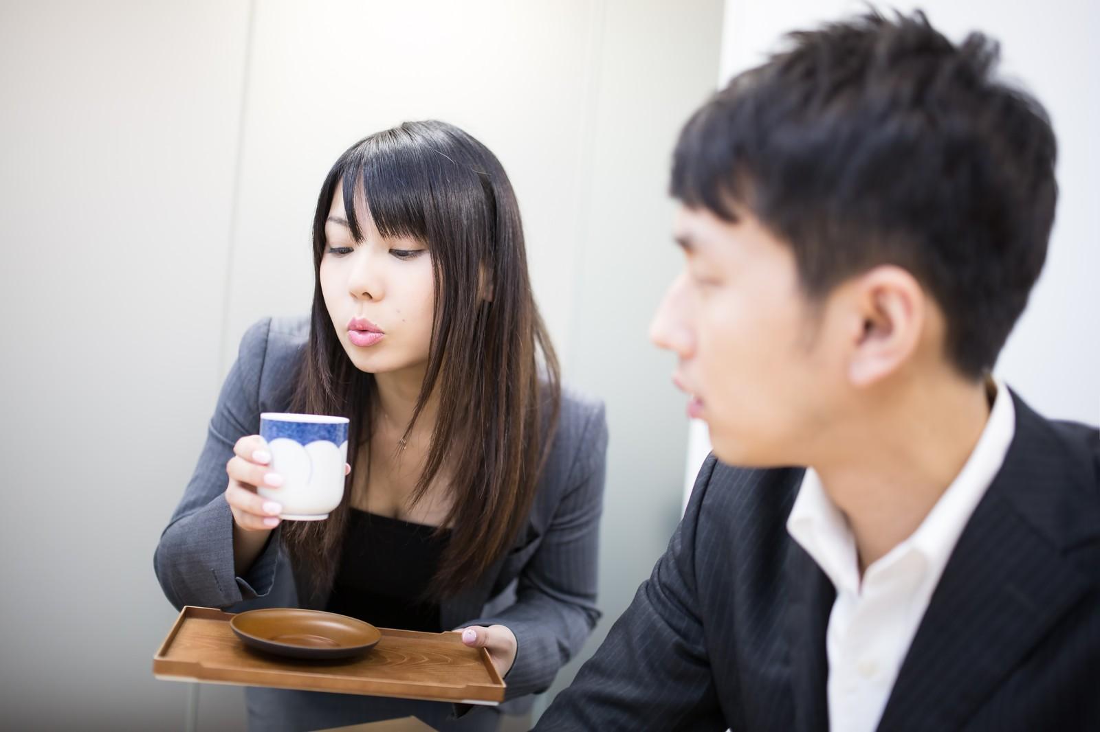 お茶に含まれる健康成分には、どのような効果があるのでしょうか?