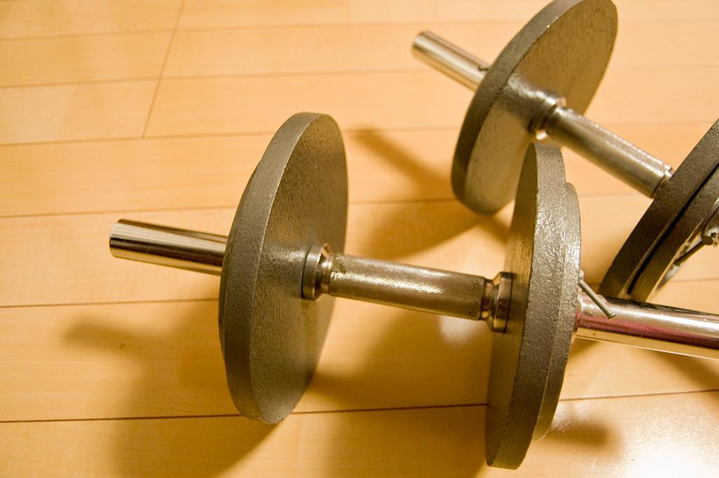 スロートレーニングは中高年も無理なくできる筋力トレーニングです